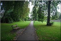 SE3055 : Footpath off Harcourt Drive by N Chadwick