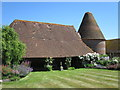 TQ6813 : Kitchenham Farm Oast, Kitchenham Road, Ashburnham by Oast House Archive