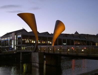 ST5872 : Pero's Bridge by evening by Neil Owen