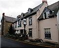 SO2118 : Dragon Inn, High Street, Crickhowell by Jaggery