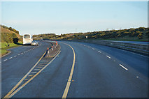 S5626 : Lay-by on the M9 Northbound by Ian S