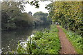 SU6067 : National Cycle Route 4 and the Kennet & Avon Canal by N Chadwick