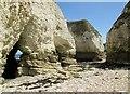 TA2570 : Molk Hole Selwicks Bay : Week 31