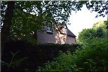TQ3327 : River's Farm Cottage by N Chadwick