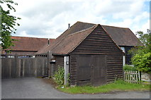 TQ5045 : Barn, Larkin's Farm by N Chadwick