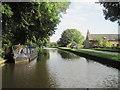 SE0642 : Leeds & Liverpool Canal - near Leache's Bridge, Riddlesden by Nigel Thompson