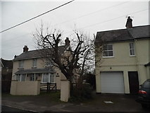 TL0430 : Houses on Barton Road, Harlington by David Howard
