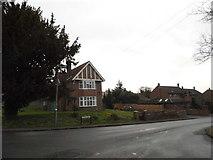 TL0728 : Church Road, Streatley by David Howard