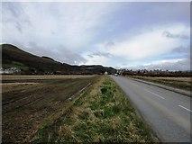 NO2507 : B936 road, Falkland by Bill Kasman