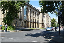 SP5106 : Radcliffe Science Library by N Chadwick