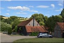 SU8695 : Church Farm by N Chadwick