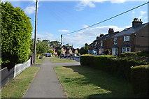 SU8595 : Littleworth Rd by N Chadwick