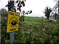 H4076 : Neighbourhood Watch sign, Calkill by Kenneth  Allen