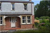 SP4809 : Cottage, Godstow Rd by N Chadwick