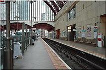 TQ3780 : Canary Wharf DLR Station by N Chadwick