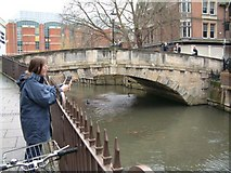 SU7173 : Duke Street Bridge, River Kennet, Reading by Brendan and Ruth McCartney