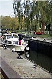 SU7778 : Shiplake Lock by Rosalind Mitchell