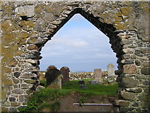 NM0447 : Chapel ruins, Tiree by Sue Jackson