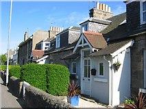 NT2075 : Cottages, Davidson's Mains by Richard Webb