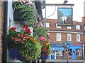 TQ0090 : White Hart Pub Chalfont St Peter by Jack Hill