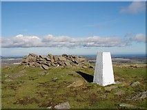 NT5874 : Trig point on Traprain Law by Gary Buckham