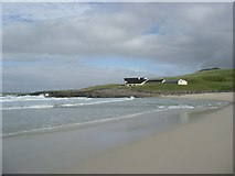 NF6400 : Halaman Bay and the Isle of Barra Hotel by Gordon Brown