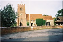 SU9072 : St Mary's, Winkfield by Andrew Smith