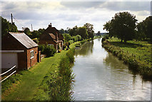 SU2966 : Little Bedwyn: the Kennet & Avon Canal from Fore Bridge by Martin Bodman