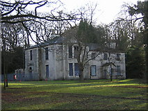 NS5859 : Derelict Mansion House in Linn Park, Glasgow by Iain Thompson