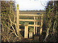 SP3749 : Arnold's Farm stile by David Stowell