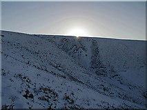 NT5662 : Winter sun above West Hopes by Alastair Seagroatt