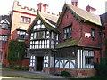 SO8698 : Wightwick Manor by John Darch