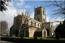 SE6609 : St.Lawrence's church, Hatfield by Richard Croft