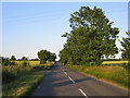 TL1334 : Choice of footpaths, Shillington, Beds by Rodney Burton
