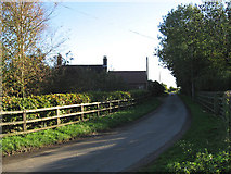 TF9206 : Approaching Waite Farm Cottages by Roger Gilbertson