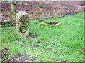 SX3964 : Old Milepost by John Poyser