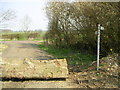 SP7239 : Bridleway & Footpath, nr Leckhampstead by Mr Biz