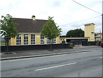 S4689 : Ballyroan Primary School, Co. Laois by Jonathan Billinger