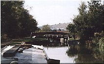 SU2163 : Brimslade Lock and Bridge, Kennet and Avon Canal 2003 by Maurice Pullin