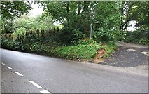 SX2773 : Road junction, North Darley by Rob Farrow