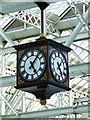 NS5865 : Glasgow Central Station clock by Thomas Nugent
