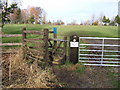 SJ4467 : Kissing Gate, access across Vicarscross golf course by BrianPritchard