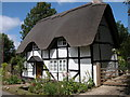 SO9841 : Thatched cottage in Elmley Castle by Philip Halling