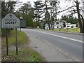 SO9975 : Entrance to Lickey Hills golf club and visitors centre on Rose Hill by Roger A Smith