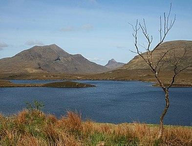 NC1809 : Lochan an Ais by Anne Burgess