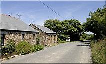 SX1594 : Roundhayes Farm Cottages by Rabbi WP Thinrod