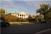 TQ2688 : Royal Mansion by Martin Addison