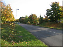 SU6252 : Access road to Winklebury Estate by Given Up