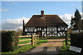 TQ8045 : Wealden Hall House, Hawkenbury Farm, Hawkenbury Road, Hawkenbury, Kent by Oast House Archive