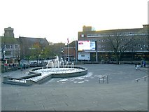 SS6593 : Giant TV screen in Castle Plaza by Nigel Davies